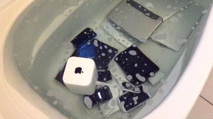 This Woman Got Revenge On Her Cheating Boyfriend By Dumping His Apple Products In The Bath