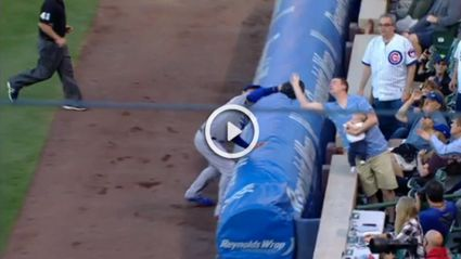 Dad Makes AMAZING One Handed Foul Ball Catch While Holding His Baby