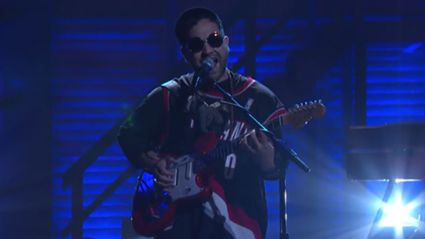 Unknown Mortal Orchestra - Can't Keep Checking My Phone (Live On Conan)