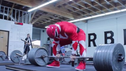Guy Dressed As Red Power Ranger Deadlifts 675lbs Like A Beast!