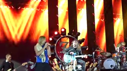 Foo Fighters Cover 'Under Pressure' With Queen's Roger Taylor & Led Zeppelin's John Paul Jones