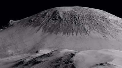 NASA Reveals Flowing Water On Mars, Could Mean Life On Red Planet