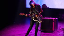Courtney Barnett Live In Auckland