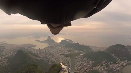 Wingsuit Flyers Take On Iconic 'Christ The Redeemer' Statue