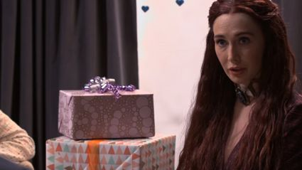 When You Invite Melisandre From 'Game Of Thrones' To A Baby Shower...