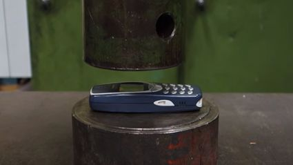Crushing Nokia 3310 With Hydraulic Press