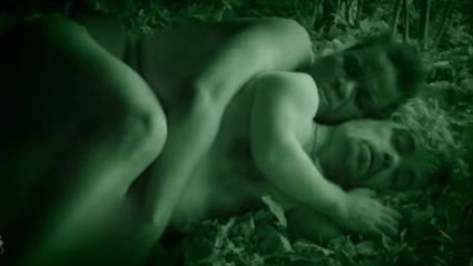 Peter Dinklage's 'Naked And Afraid' Parody On SNL Is Very Weird