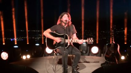 Dave Grohl On The Time Taylor Swift Saved Him From Being Stoned In Front Of Paul McCartney