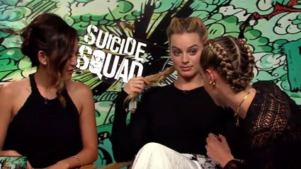 "Cara Delevingne Claims To Have ""A Nipple Detector"" And Demonstrates With Margot Robbie"