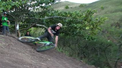 Crash Of The Day: Hawaiian Xtreme (Bike)