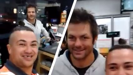 ABs Fan's Hilarious Reaction To Seeing Richie McCaw At A Petrol Station