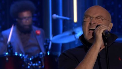 """Phil Collins Playing """"In The Air Tonight"""" Live On Jimmy Fallon Is Actually AWESOME!!!"""