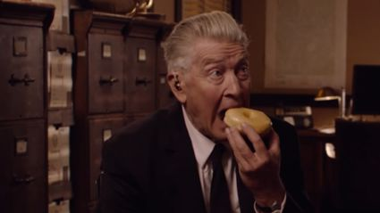 David Lynch announces his return as 'Gordon Cole' in new 'Twin Peaks' series