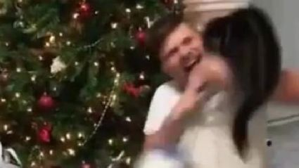 Guy getting attacked by his cat at Christmas goes viral