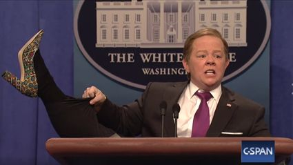 Melissa McCarthy returns to SNL to destroy Sean Spicer again