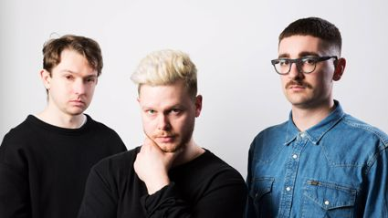 "alt-J release new single ""3WW"" and announce new album"