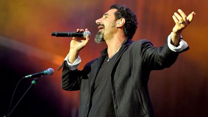 "Serj Tankian performs epic cover of ""Rains Of Castamere"" from 'Game Of Thrones'"