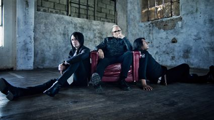 Angie Grey interviews Art From Everclear