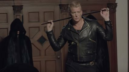 "See behind the scenes footage of QOTSA's ""The Way You Used To Do"" video"