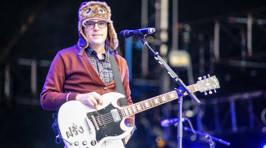Photos of Weezer live in Auckland