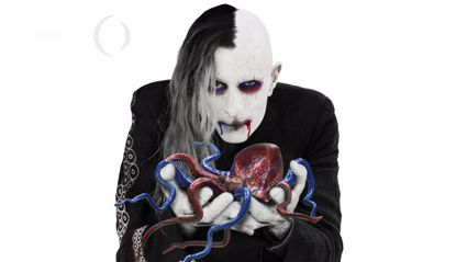 "Listen to the brand new A Perfect Circle song ""TalkTalk"""