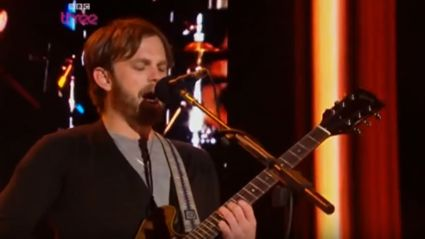 Please enjoy the best/worst Kings Of Leon live performance ever!