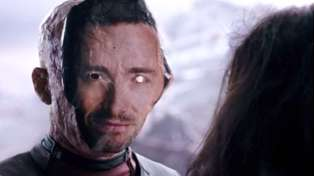Ryan Reynolds hilariously trolls Hugh Jackman