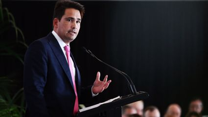 Matt & Jerry interview Simon Bridges