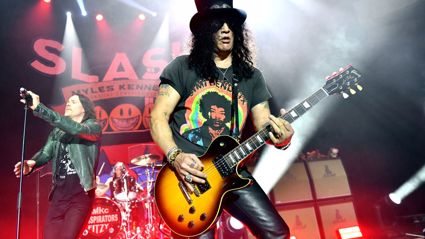 Angelina Grey interviews Slash
