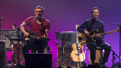 "Listen to Flight of the Conchords play fan favourite ""Carol Brown"" (Live in London)"