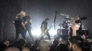 Fans outraged over Metallica concert's ticket pre-sale disaster