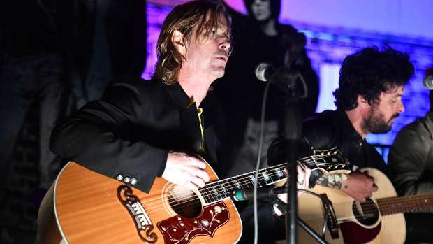 Guns N' Roses' Duff McKagan releases new single