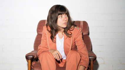 """Listen to the brand new Courtney Barnett song """"Everybody Here Hates You"""""""