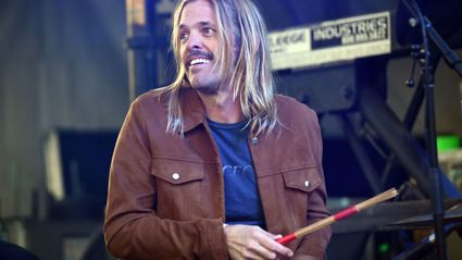 Angelina Grey talks to Taylor Hawkins about his love of Kiwis