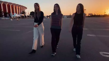 "HAIM chase each other around the Los Angeles Forum in ""Don't Wanna"" video"