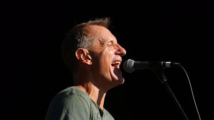 Thane Kirby interviews James Reyne from Australian Crawl